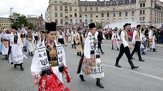 Siebenbürgener Sachsen zurückgeblieben in Rumänien