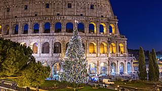 Entstehung Von Weihnachten.Weihnachten Entwickelte Sich Aus Historischen Mythen Eurasisches